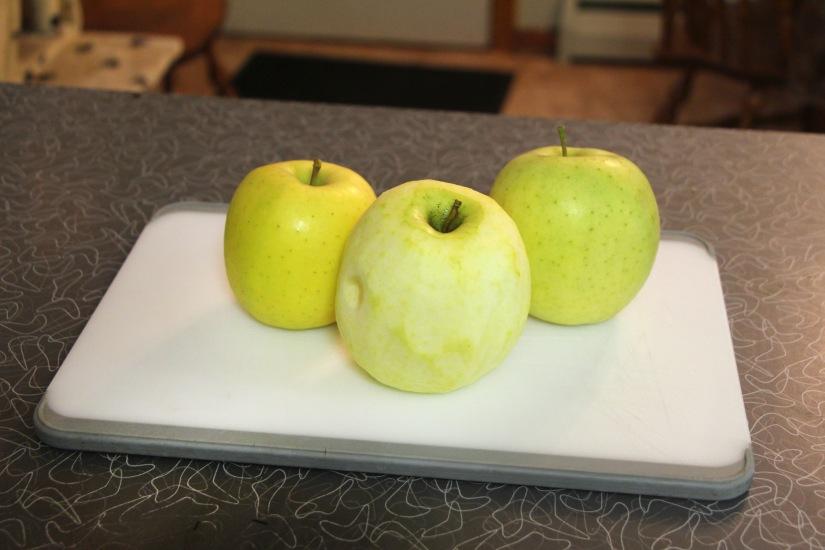 3 Apples | Vegan Living by Danielle
